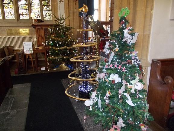 Winter Wonderland Christmas Theme.Winter Wonderland Theme For Christmas Tree Festival